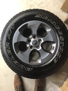 5 Tires and rims - New Bridgestone Dueler 255/50/R18 with TPMS