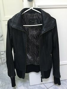 MACKAGE LEATHER JACKET IN PERFECT CONDITION!! WOMENS XS!!