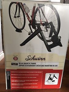 Indoor deluxe bike trainer