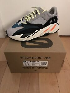 Yeezy 700 wave runner size 7us