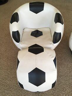 Kids Soccer Ball Chair With Ottoman X2