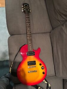 Electric guitar - epiphone special 2