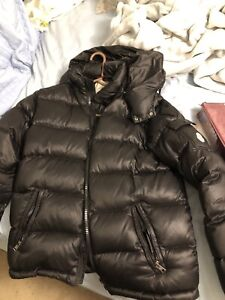 Moncler Maya Lacquered Size 4