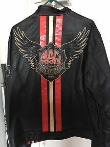 Rare mac tools leather jacket, quick sale