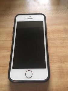 iPhone se 64gbs for sale