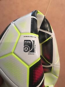 2 Nike match balls brand new Floraville Lake Macquarie Area Preview