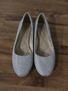 K and M Sparkle Shoes
