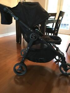 Baby Jogger City Versa w/tray and parent console.