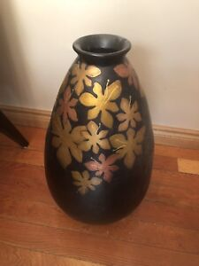 Large flower vase from pier one