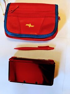-Nintendo 3DS + Carrying Case + Games-