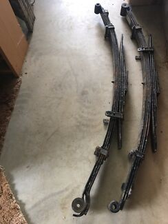 Leaf springs suit toyota hilux 2016 n80