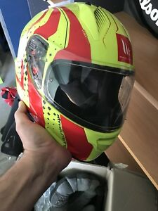 Mt helmet like new condition