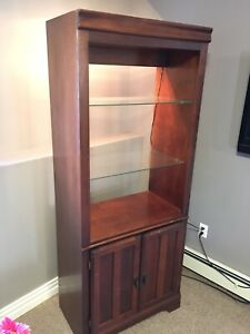 Wall unit / hutch / display cabinet
