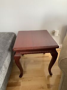 Side table / Table d'appoint - Price to sell