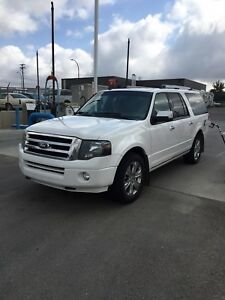 2011 limited edition Ford Expedition max (REDUCED)