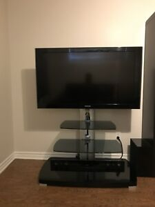 """Samsung 47"""" 1080 p with stand"""