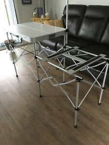 Table pour camping  VENDU