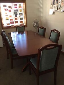Extendable Dining Table Yowie Bay Sutherland Area Preview