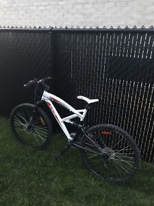 CCM Alpine mountain bike adult