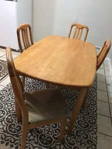 Dining table set 5 pieces