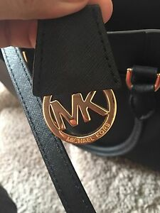 Authentic Micheal Kors purse