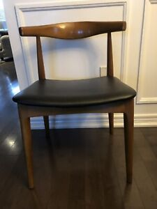 Reproduction Hans Wegner Elbow chairs ( 4 available )