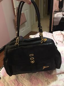 GUESS BAG - EXCELLENT CONDITION