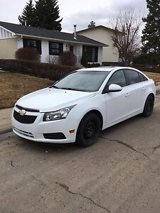 ONE OWNER 2011 CHEV CRUZE LT