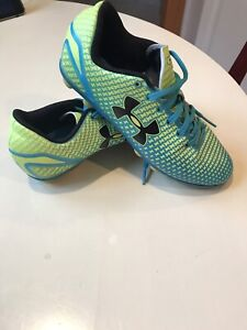 Under Armour Girls Soccer Cleats