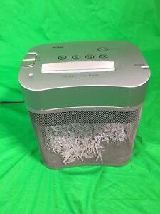 Déchiqueteur de papier à coupe croisée - paper shredder