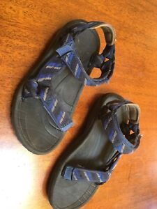 Sandals TIVA for summer land and water