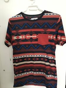 Size small geometric tribal design t-shirt