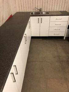 Kitchen Cabinets Sink Benchtop Drawers Pantry Laundry
