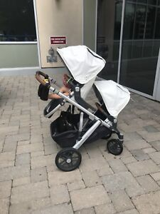 Like brand new 2018 UPPAbaby vista double