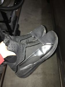 Puma shoes size 8 in woman's