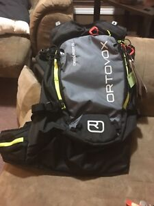 Ortovox cross rider 20 back country back pack