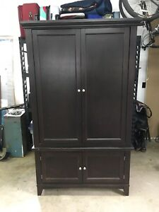 Armoire/Entertainment unit