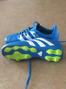Kids Adidas soccer shoes / cleats size 12