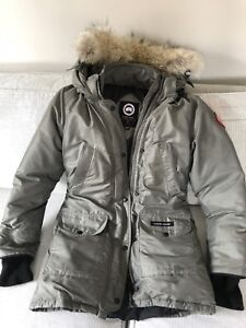 special edition Canada Goose trillium parka size XS in steel