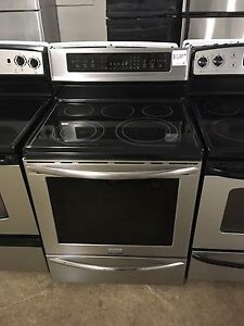 2 years old frigidaire gallery stainless stove convection oven