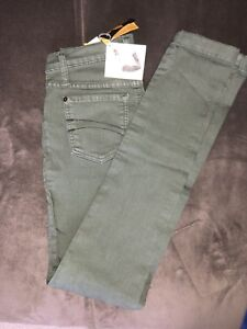 Brand New Second Yoga Skinny Jeans in Olive