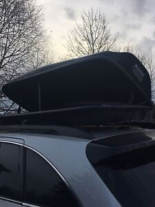 Thule roof top cargo carrier