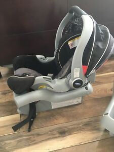 Graco Classic Connect Infant Carseat