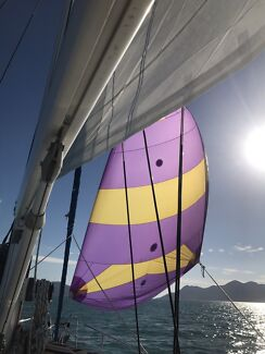 Free sail trip to Airlie Beach from Magnetic Island