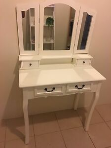 Dressing table/vanity mirror Baldivis Rockingham Area Preview