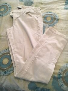 American Eagle Skinny Jeans - Size 10
