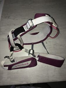 Black diamond kids climbing harness like new