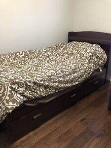 Single bed set (can be sold separately)