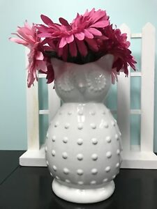 Cute Owl Vase and Flowers