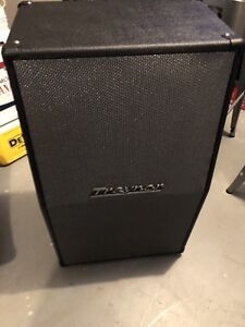 Traynor Vertical Slant Cabinet (absolutely mint)